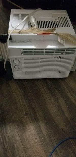 Windows ac unit for Sale in Arlington, VA