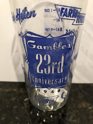 Vintage gambles 23rd 1948 collectible glass for Sale in Charlotte, NC