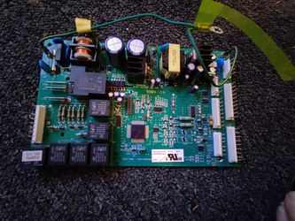 OEM GE Refrigerator Control Board 200D4864G045 for Sale in Jacksonville Beach,  FL