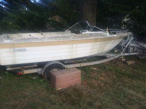 19 foot boat trailer for Sale in Mount Rainier, MD