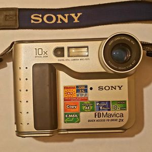 Sony Digital Camera/Camcorder for Sale in Duncanville, TX
