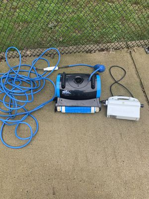 Dolphin Nautilus pool cleaner for Sale in Stafford, VA