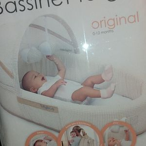 Bassinet To-go for Sale in Fresno, CA