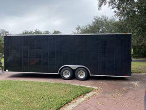 26x8 enclosed trailer NO SCUFFS it's reflection for Sale in Sanford, FL