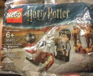 (LEGO)Harry Potter mini figurines / seal in bags for Sale in Las Vegas, NV
