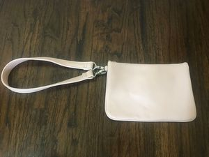 Brand new: Thirty-One Gifts Small Purse + Strap in Rose Blush Pebble for Sale in Southlake, TX