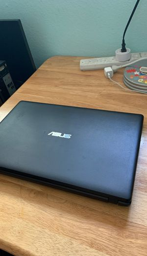 ASUS laptop like new 500GB zoom for Sale in El Monte, CA
