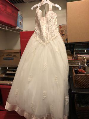 Ivory wedding dress size 16 for Sale in Suffolk, VA