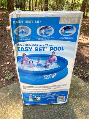 Intex easy set 12X30 pool NEW for Sale in Raleigh, NC