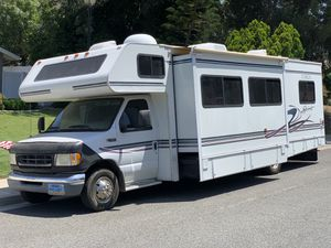2003 Itasca Spirit Class C RV 31 FT. W / Super Slide for Sale in Riverside, CA