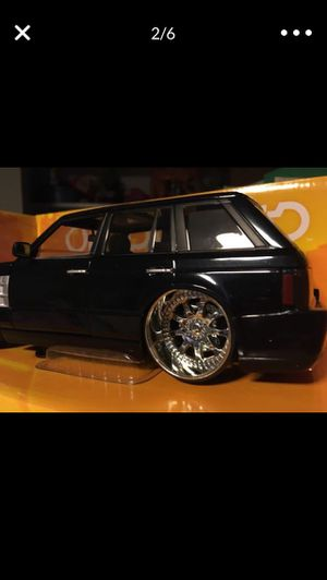 """2004 RANGE ROVER DIE CAST size: L9""""X4"""" width) Custom Black DROPSTArs CAST IRON NEW TOY COLLECTIBLE BOX NEVER OPENED 2004 SCALE: 1/24 for Sale in Chino, CA"""