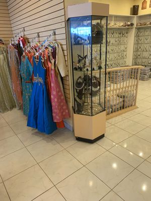 Standing rotating display case for Sale in Richardson, TX