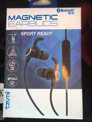 Wireless headphones magnetic for Sale in Glendale, AZ