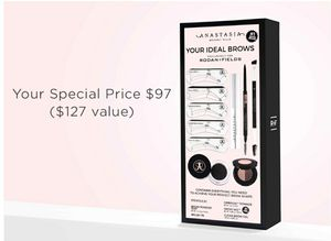 Anastasia brow kit for Sale in Parma, OH