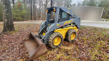 2004 New Holland LS170 Skid Steer Wheel Rubber Tire Loader for Sale in Toccoa,  GA