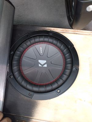 8-in competition sub 2000 watt amp and amp kit wires for Sale in Riverbank, CA