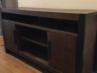 Brown Wood TV Console for Sale in Los Angeles,  CA