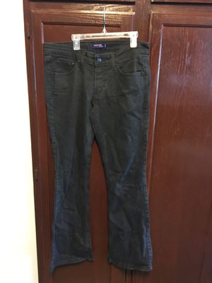 Juniors/Ladies Black Levi Jeans for Sale in Dearborn Heights, MI