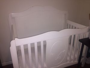 Baby Crib Toddler Bed twin bed full size bed frame this crib is a 4 in 1. for Sale in Philadelphia, PA