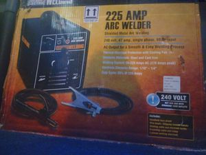 Chicago electric 225 ARC stick welder for Sale in Wellford, SC