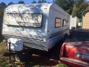 2002 sunline lite everything works heat ac refrigerator sinks stove over great camper at great price $6000 for Sale in Huntsville, AL
