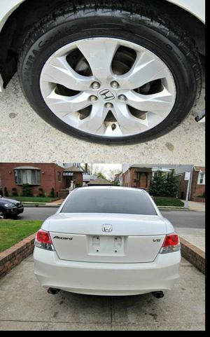 For Sale. 2010 Honda Accord XLE Great Shape. FWDWheels for Sale in Portsmouth, VA