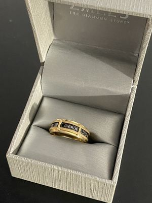 Zales Size 9 10k Gold ring with black diamonds for Sale in Hialeah, FL