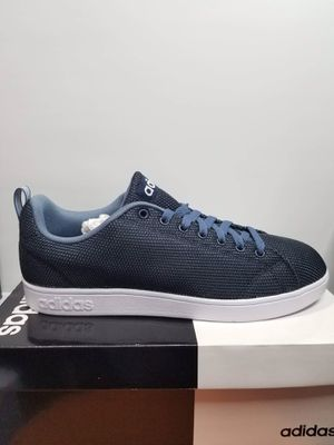 adidas men shoe size 9.5 for Sale in Santa Ana, CA