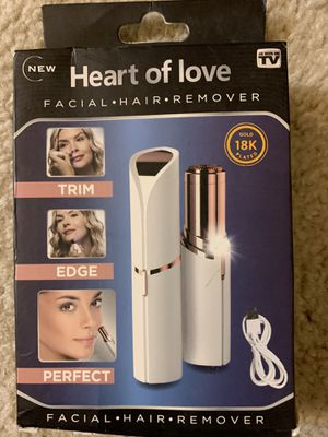 Facial hair remover for Sale in Schaumburg, IL