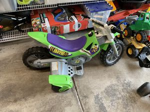 12V Kawasaki motorcycle ride on for Sale in Chicago, IL