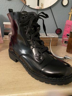 Black boots for Sale in Chula Vista, CA