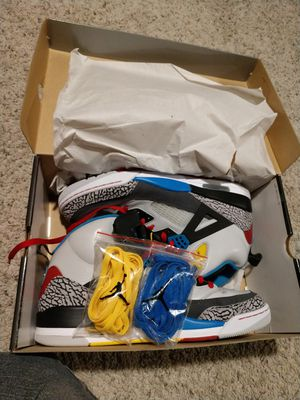 Jordan Spizike worn 1 time! Box all three laces for Sale in Denver, CO