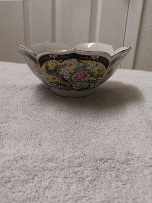 Antique japanese bowl for Sale in Las Vegas, NV