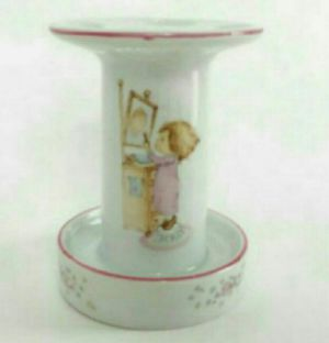 NEW Precious Moments Vintage Hallmark 1976 Betsey Clark Bath Collection Porcelain Toothbrush Holder for Sale in Los Angeles, CA