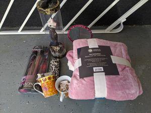 Revlon Hair Straightener, Jewelry Stand, Mugs, AKC Blanket, Mirror for Sale in Santa Clarita, CA