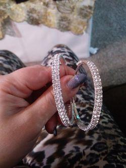 Nice circle silver earring like diamond for Sale in Nashville,  TN