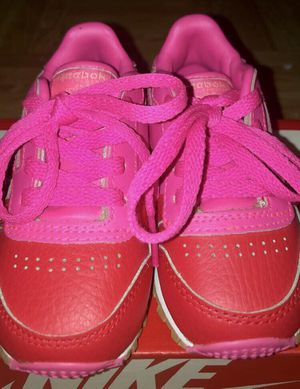 Toddler Girls Reebok Shoes Size 5 for Sale in New York, NY