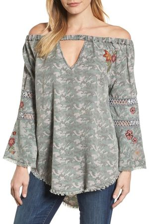 Billy T Off the Shoulder Top for Sale in Aloha, OR