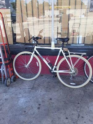 Multi-purpose 700 Trek bike for Sale in Decatur, GA