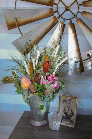Tin Vase Floral Arrangement for Sale in Round Rock, TX