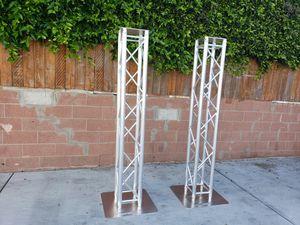 Par de truss con sus bases. $850 for Sale in Inglewood, CA