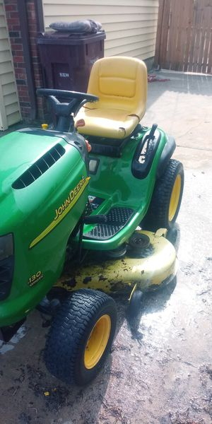 Riding lawn mower for Sale in South Norfolk, VA