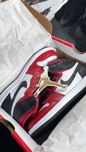 Air Jordan 1 satin snakeskin brand new buy now all sizes kids for Sale in Brooklyn, NY