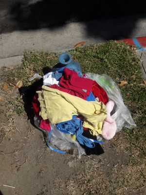 Free kids clothes for Sale in Anaheim, CA