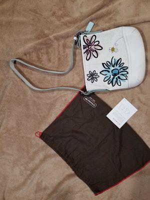 Authentic medium coach bumblebee applique handbag for Sale in Federal Way, WA