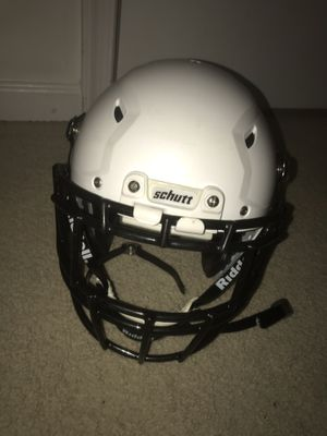 Brand new Schutt helmet for Sale in Franconia, VA
