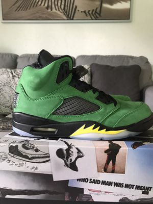 Jordan 5 Retro SE Oregon (SIZE 8) for Sale in Azusa, CA