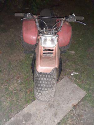185s Suzuki trikes. And fourweller for Sale in Scottsville, VA