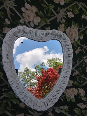 Heart shaped mirror for Sale in Forked River, NJ