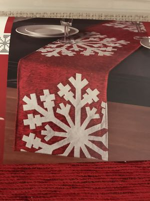 13x72 inch snowflake Christmas table runner. So pretty for your Christmas dinner or lunch. for Sale in Pembroke Pines, FL